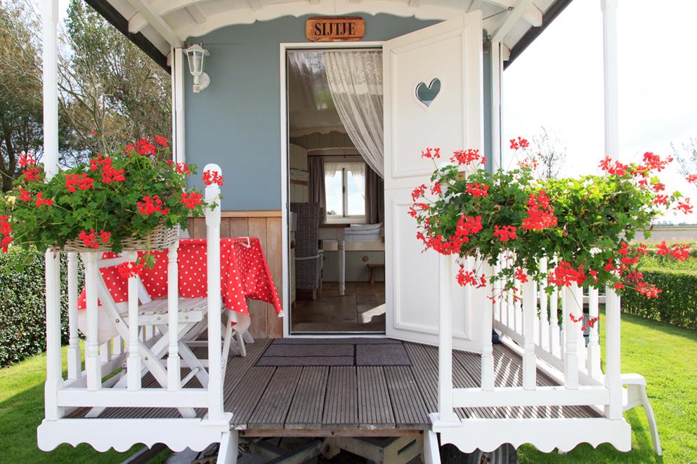 Pipowagen Sint Maarten Bed & Breakfast Sijtje Vooraanzicht