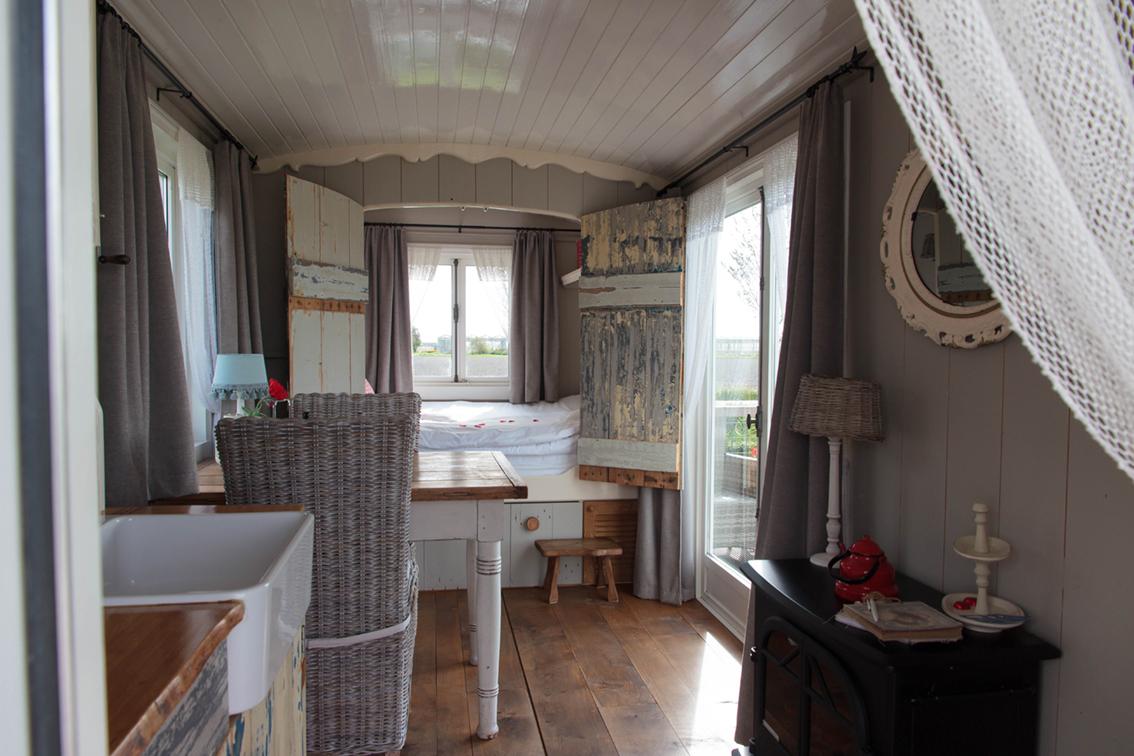 Pipowagen Sint Maarten Bed & Breakfast Sijtje Van Binnen